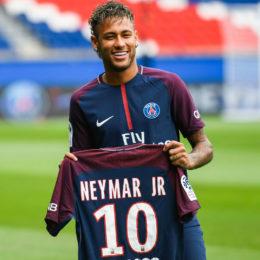 Patrimonio por el dinero de Neymar