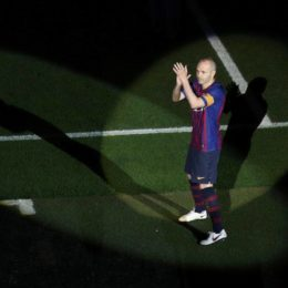 Soccer Football - La Liga Santander - FC Barcelona vs Real Sociedad - Camp Nou, Barcelona, Spain - May 20, 2018   Barcelona's Andres Iniesta after the match    REUTERS/Albert GeaCODE: X01398