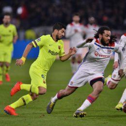 Jason Denayer (lyon) vs Luis Suarez (barcelone) FOOTBALL : Lyon vs Barcelone - 8e de finale aller - Ligue des Champions - 19/02/2019 FredericChambert/Panoramic PUBLICATIONxNOTxINxFRAxITAxBEL