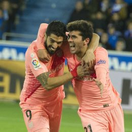 D.Alaves v Barcelona La Liga, Spain, april 24th 2019  of D. Alaves and SSuarez y Aleña of Barcelona in action during the Santander League (La Liga) match played in Mendizorroza Stadium between D.Alaves  and Barcelona as in Vitoria, Spain, aapril. 24th 2019. Cordon Press   Cordon Press